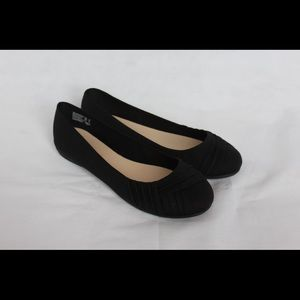 Women's Flats (See Size Availability)